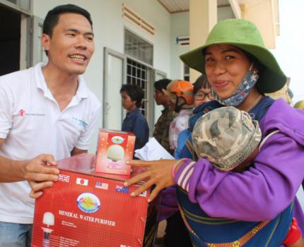 Save the Children Steps up Relief Efforts amid Vietnam's Historical Drought